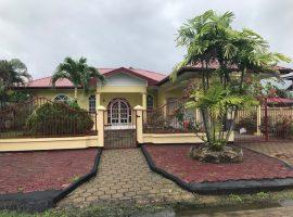 Ruime stenen laagbouwwoning omgeving kwatta- aangeboden door Beedigd Makelaars en Taxateurs in Suriname-Oso nanga djari NV
