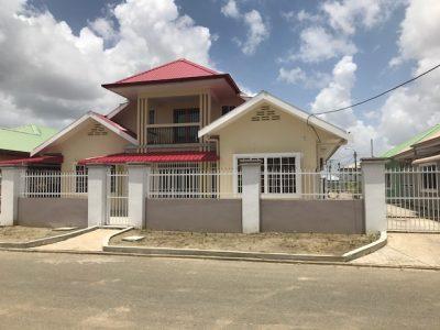 Te Huur hoogbouwwoning te Paramaribo Noord