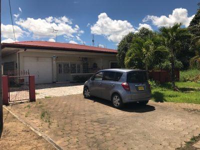 Makelaars in Suriname -foto woning op kasabaholo